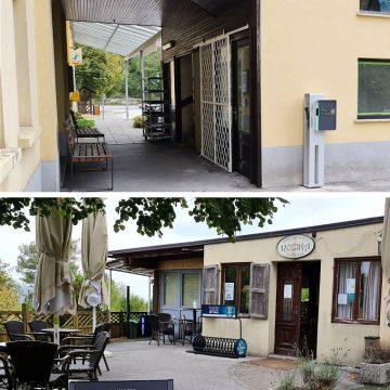 Polnilna postaja se nahaja pri pizzeriji Rozika.